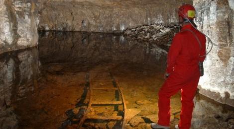 Visita guidata alla miniera di asfalto della Streppenosa - SPELEOTREKKING